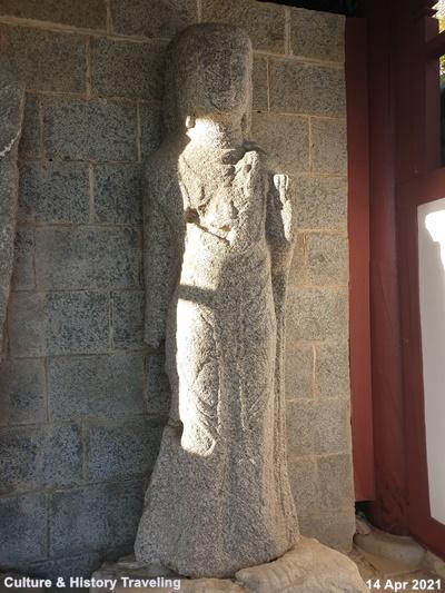 청양 읍내리 석조여래삼존입상 보물 197호 03-20210414